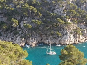 Provence Sightseeing Tour: Marseille and Cassis Calanques Cruise Photos