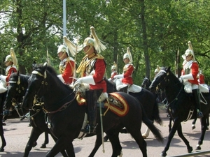 Royal London Sightseeing Tour with Changing of the Guard Ceremony Photos