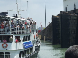 Panama Canal Partial Transit Sightseeing Cruise Photos