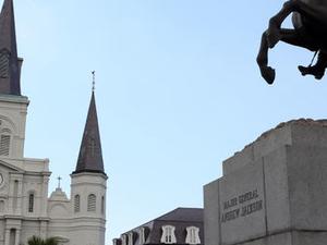 Garden District Walking Tour in New Orleans Photos