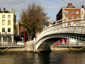 Dublin Liffey River Cruise Photos
