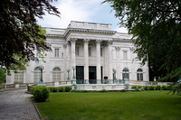 Newport Mansions and Waterfront Sightseeing Tour from Boston Photos