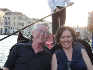 Venice Gondola Ride and Serenade with Dinner Photos