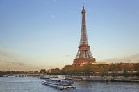 Paris Super Saver: Skip-the-Line Eiffel Tower and Seine River Cruise Photos