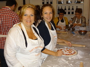Florence Cooking Class: Learn How to Make Gelato and Pizza  Photos