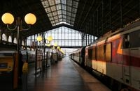 Private Departure Transfer: Rome Hotels to Train Station Photos