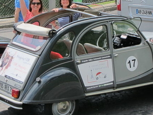 Viator Exclusive: Private Paris Tour by Citroen 2CV Photos