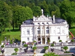 Royal Castles of Neuschwanstein and Linderhof Day Tour from Munich Photos