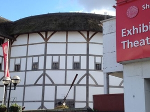Shakespeare's Globe Theatre Tour and Exhibition Photos