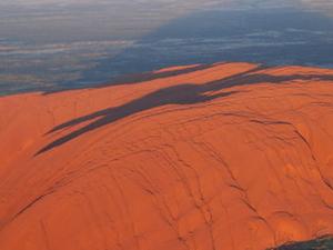 Ayers Rock Helicopter Tour to Uluru, Kata Tjuta & Lake Amadeus: 55-minute flight Photos