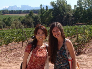 Small-Group Montserrat Tour from Barcelona: Wine and Cheese Tasting with Optional Golf Round Photos