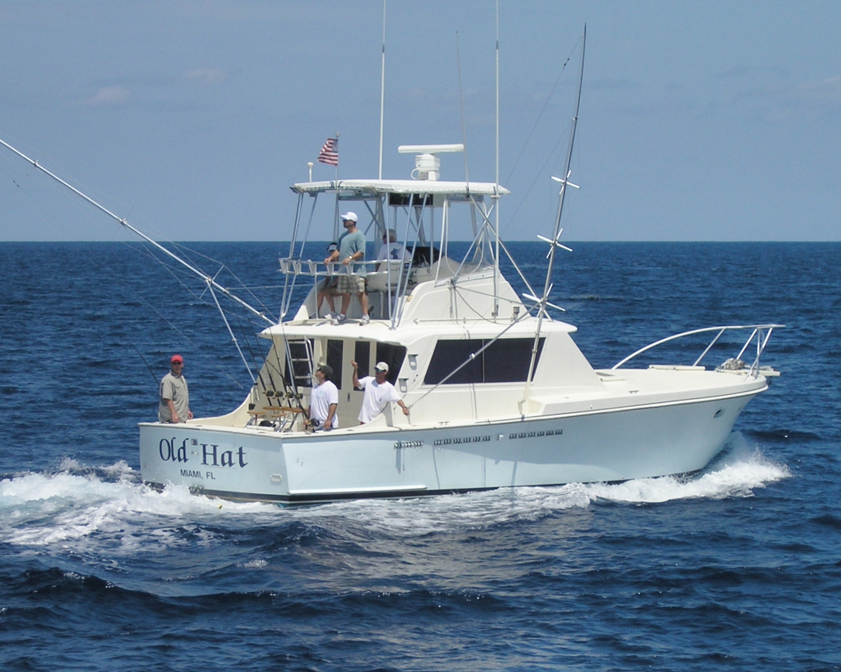 Old hat fishing charters miami beach united states for Deep sea fishing charters near me