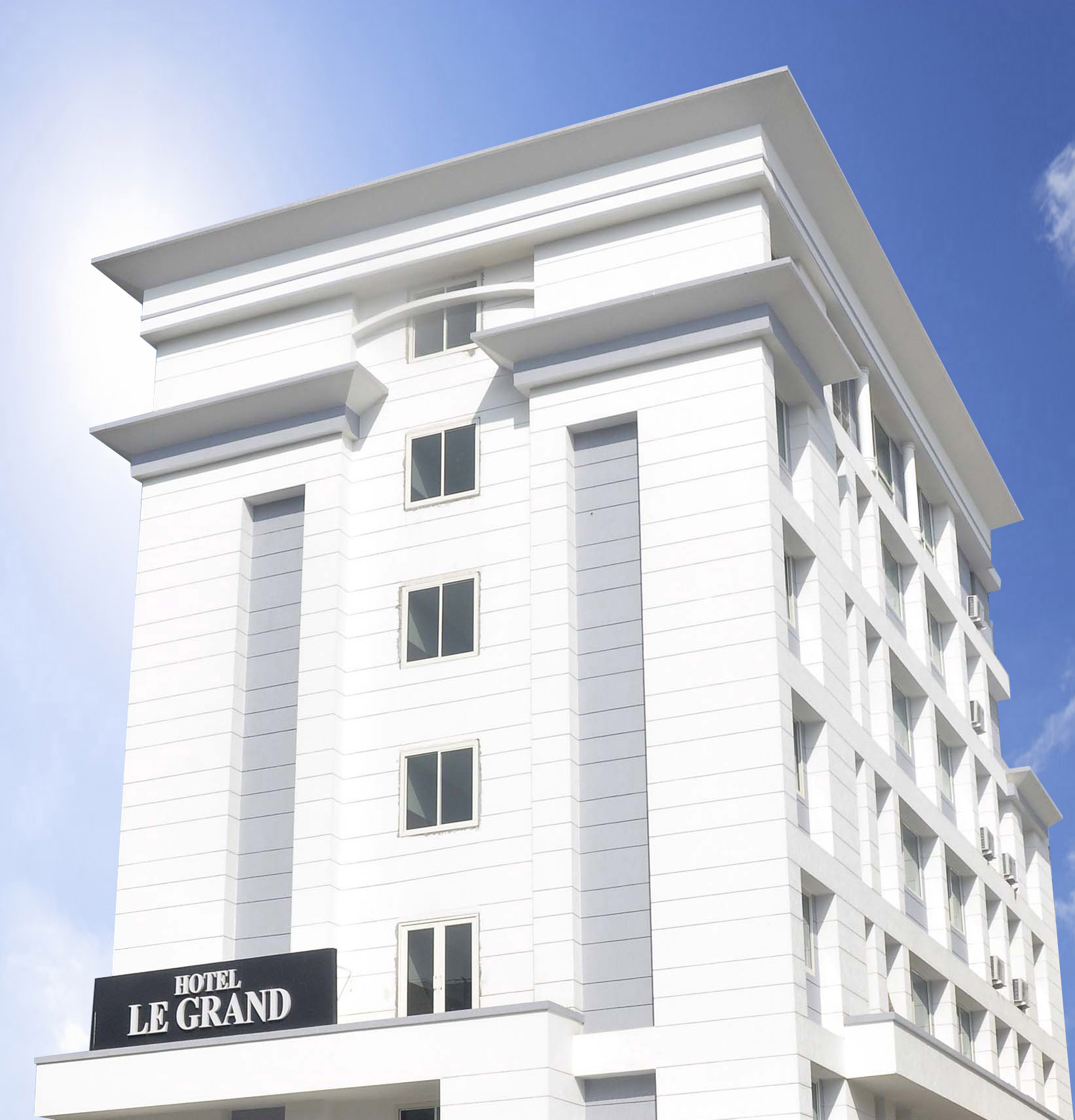 Hotel le grand jaipur india tourist information for Le grand hotel