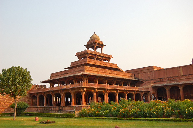 Panch Mahal Fatehpur Sikri India Tourist Information
