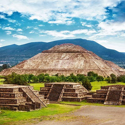 an overview of teotihuacan Mesoamerica was yet another world location for the emergence of an early civilization,  the city of teotihuacan in the valley of mexico.