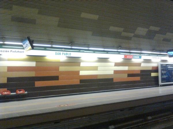San pablo la estaci n de metro santiago chile for Mural metro u de chile